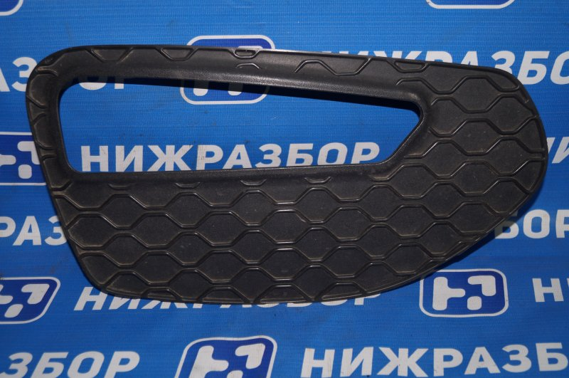 Решетка в бампер Lifan X60 1.8 (LFB479Q) 140107303 2014 передняя правая (б/у)