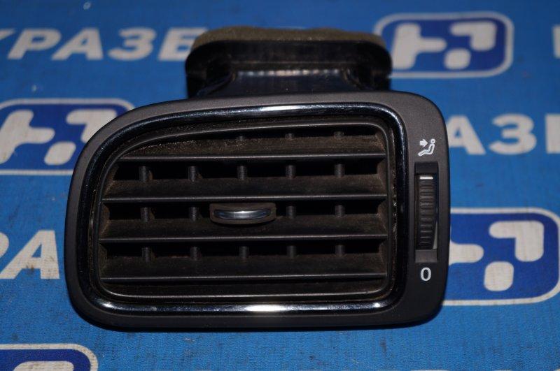 Дефлектор воздушный Volkswagen Polo Sedan 1.6 (CWV) 554656 2018 левый (б/у)