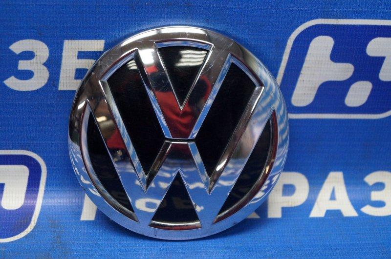 Значок (эмблема) Volkswagen Polo Sedan 1.6 (CWV) 554656 2018 (б/у)