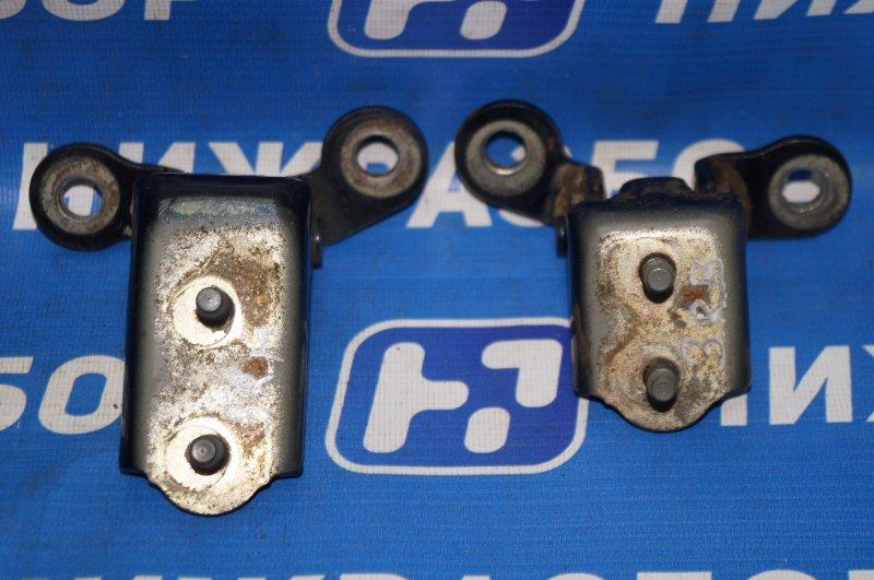 Петля двери Vortex Tingo T11 1.8 (SQR481FC) FFBC01442 2011 задняя правая (б/у)