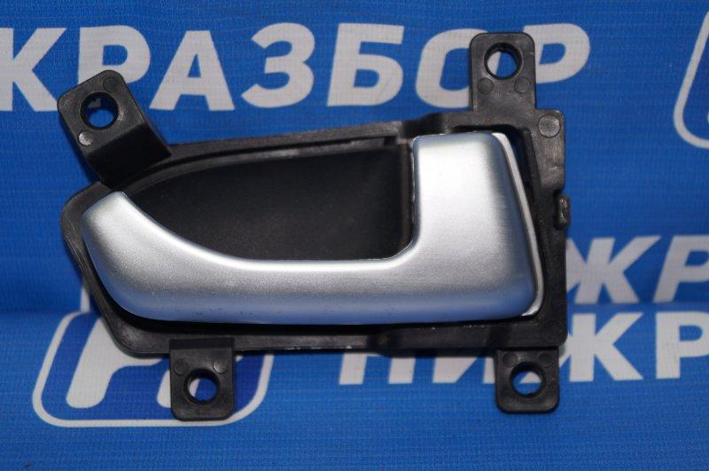 Ручка двери внутренняя Kia Sportage 3 2.0 (G4KD) 2013 передняя правая (б/у)