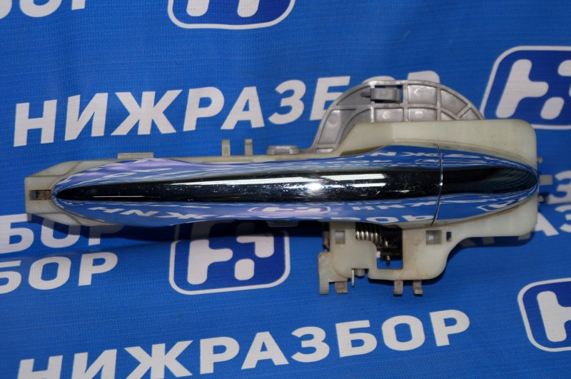 Ручка двери наружная Kia Sportage 3 2.0 (G4KD) 2013 задняя левая (б/у)