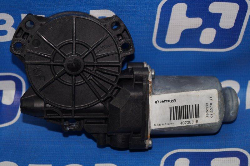 Моторчик стеклоподъемника Kia Sportage 3 2.0 (G4KD) 2013 задний левый (б/у)