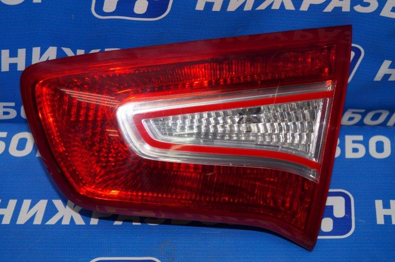 Фонарь внутренний Kia Sportage 3 2.0 (G4KD) 2013 задний правый (б/у)