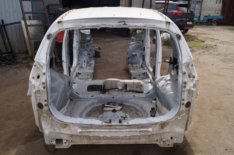 Панель кузова Kia Sportage 3 2.0 (G4KD) 2013 задний (б/у)