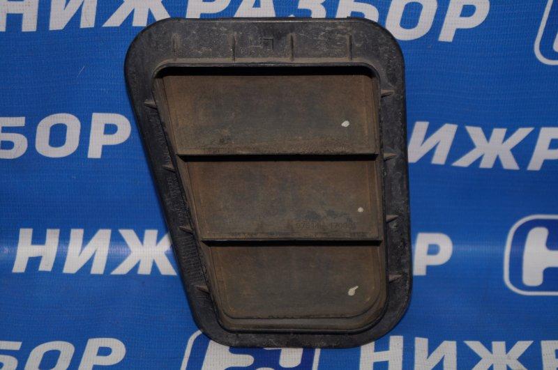 Решетка вентиляционная Kia Sportage 3 2.0 (G4KD) 2013 задняя левая (б/у)