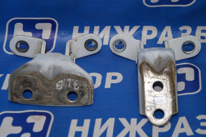 Петля двери Kia Sportage 3 2.0 (G4KD) 2013 задняя левая (б/у)