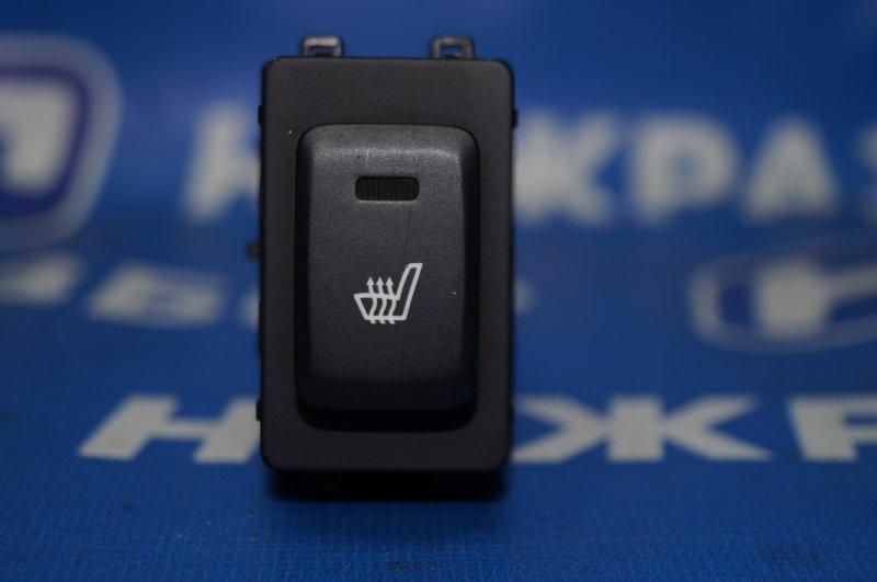 Кнопка обогрева сидений Kia Sportage 3 2.0 (G4KD) 2013 задняя левая (б/у)