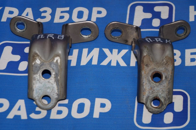 Петля двери Kia Ceed ED 1.6 (G4FC) 2008 передняя правая (б/у)