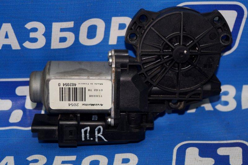 Моторчик стеклоподъемника Kia Ceed ED 1.6 (G4FC) 2008 передний правый (б/у)