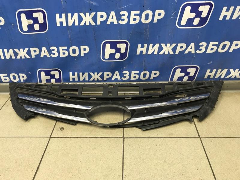 Накладка на решетку радиатора Hyundai Solaris передняя (б/у)