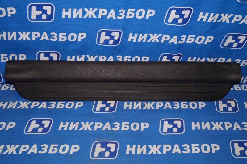 Накладка порога (внутренняя) Kia Ceed ED 1.6 (G4FC) 2008 передняя правая (б/у)