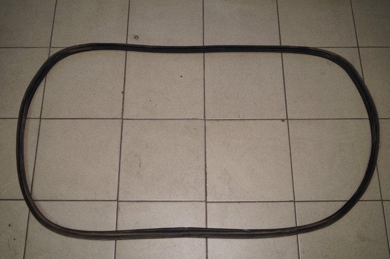 Уплотнитель багажника Kia Ceed ED 1.6 (G4FC) 2008 (б/у)