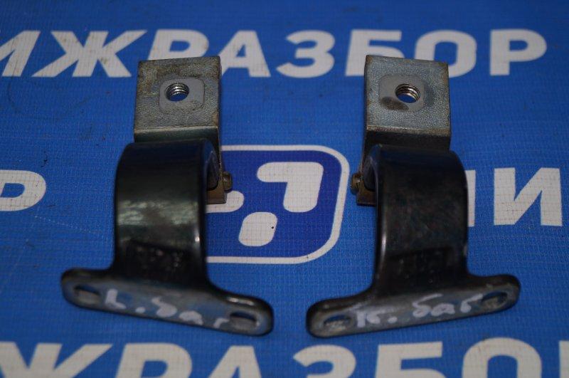 Петля багажника Skoda Rapid 1.6 CWV 2017 (б/у)