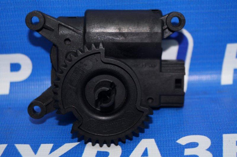 Моторчик заслонки печки Skoda Rapid 1.6 CWV 2017 (б/у)