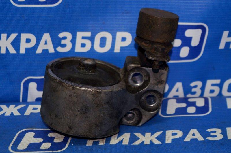 Опора двигателя Hyundai Accent 2 LC 1.5 G4EC 2005 правая (б/у)