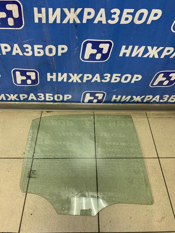 Стекло двери Hyundai Accent 2 СЕДАН 2000 заднее правое (б/у)