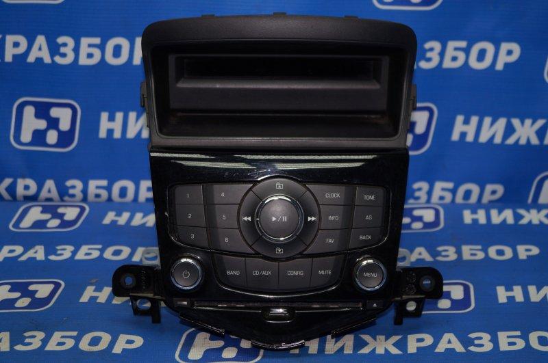 Магнитола Chevrolet Cruze J300 1.6 (F16D3) ` 2012 (б/у)