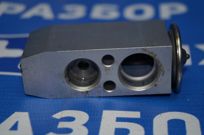 Клапан кондиционера Geely Emgrand EC7 1.8 (JL4G18) CAND02184 2013 (б/у)