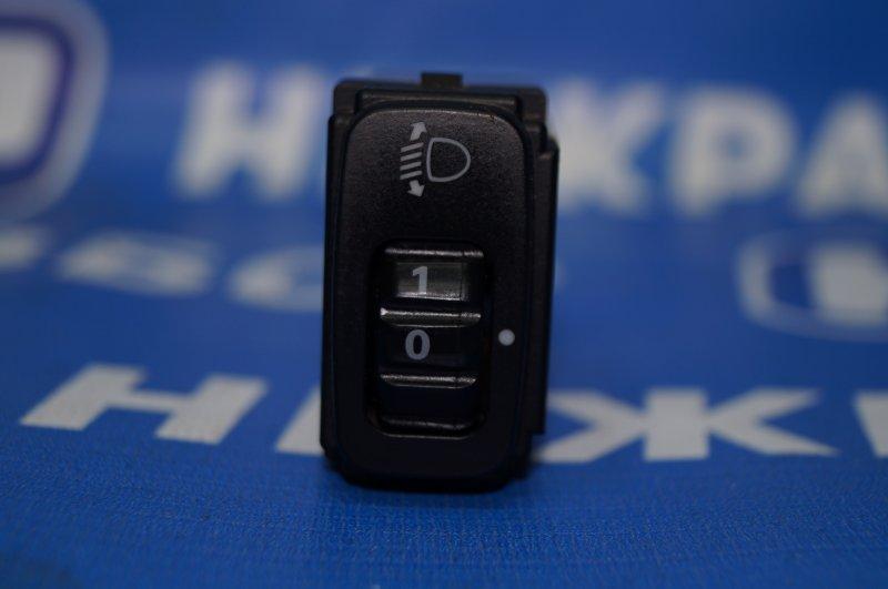 Кнопка корректора фар Mitsubishi Lancer 9 CS/CLASSIC 1.3 (4G13) 2006 (б/у)