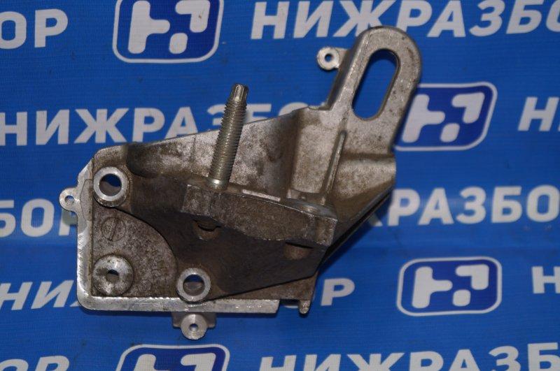 Кронштейн двигателя Ford Focus 2 1.4 правый (б/у)