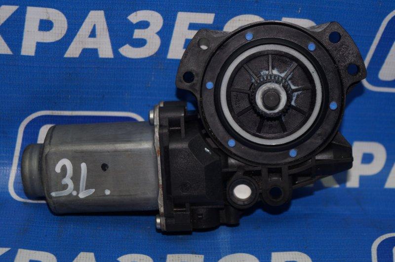 Моторчик стеклоподъемника Hyundai Elantra HD 1.6 (G4FC) 2009 задний левый (б/у)