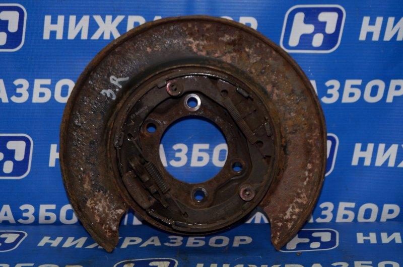 Щит опорный Hyundai Elantra HD 1.6 (G4FC) 2009 задний правый (б/у)