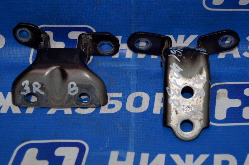 Петля двери Hyundai Elantra HD 1.6 (G4FC) 2009 задняя правая (б/у)