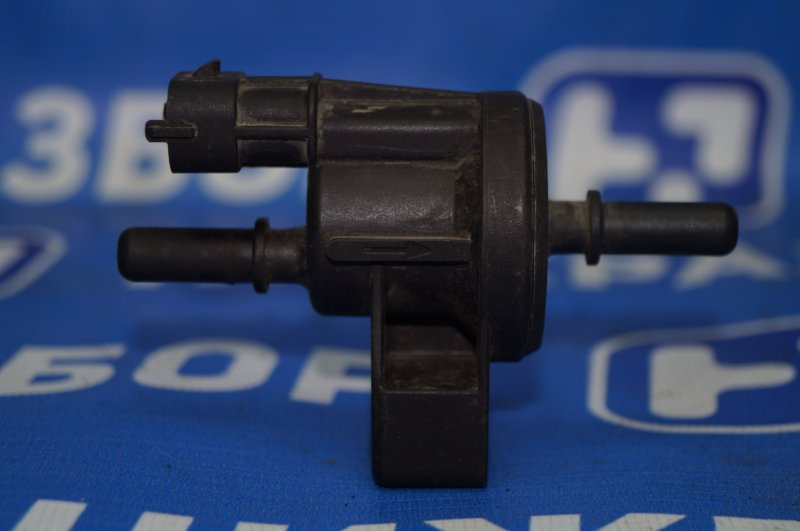 Клапан вентиляции топливного бака Chevrolet Captiva C100 3.2 10HMC 2008 (б/у)