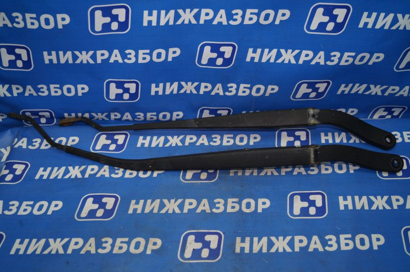 Поводок стеклоочистителя к-кт Chevrolet Captiva C100 3.2 10HMC 2008 передний (б/у)