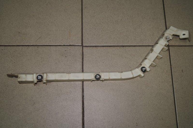 Направляющая бампера Chevrolet Captiva C100 3.2 10HMC 2008 задняя правая (б/у)