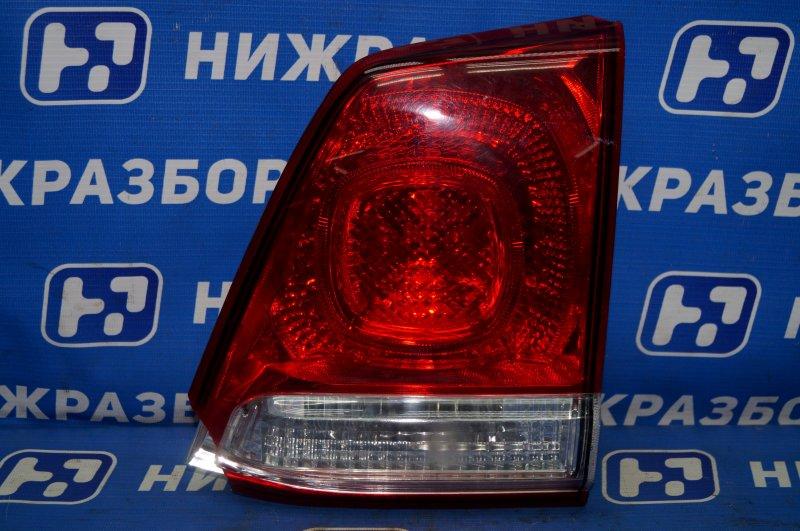 Фонарь внутренний Toyota Land Cruiser 200 2008> задний правый (б/у)
