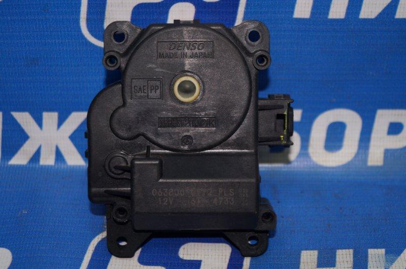 Моторчик заслонки печки Toyota Camry V50 2011 (б/у)