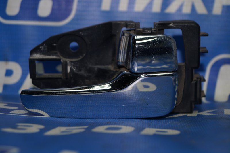 Ручка двери внутренняя Mitsubishi Lancer 9 CS/CLASSIC 2.0 (4G63) задняя правая (б/у)