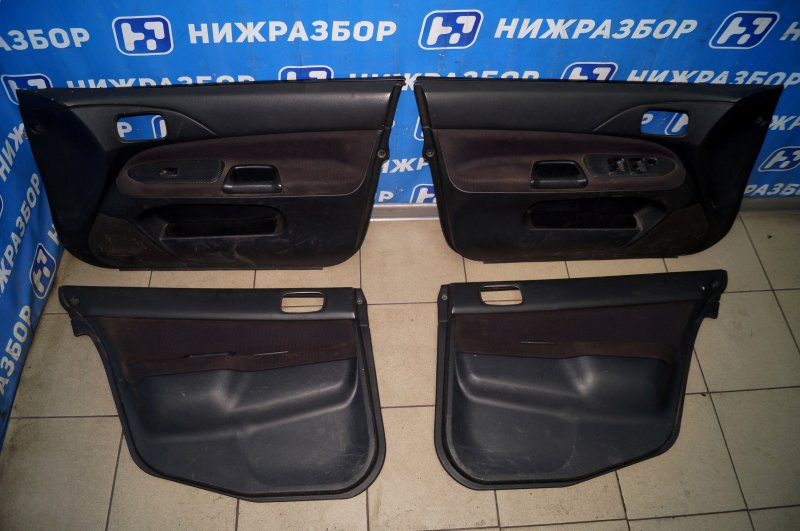 Обшивка двери Mitsubishi Lancer 9 CS/CLASSIC 2.0 (4G63) (б/у)