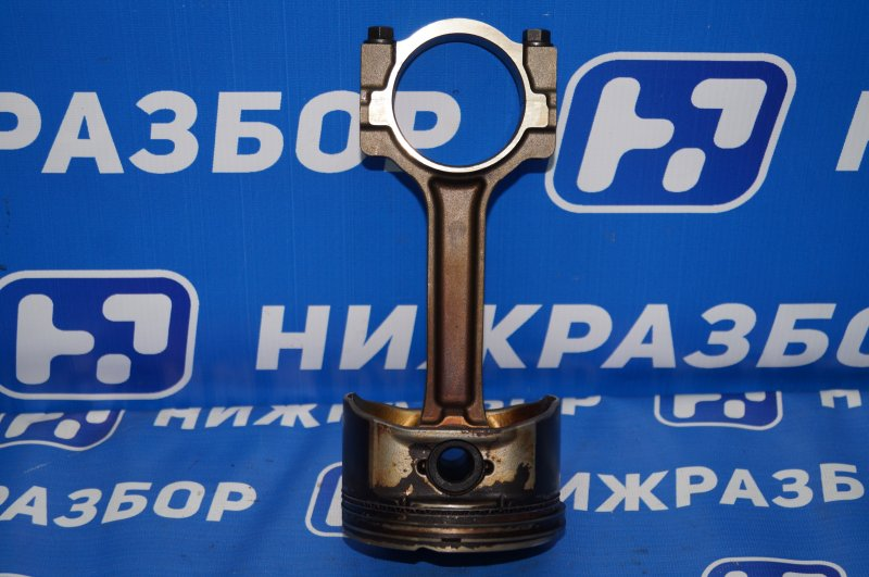Поршень с шатуном Chevrolet Tahoe 900 5.3 LMG 2013 (б/у)