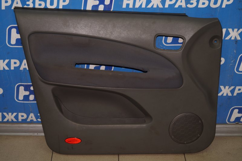 Обшивка двери Chery Tiggo T11 2.4 4G64S4M 2007 передняя левая (б/у)