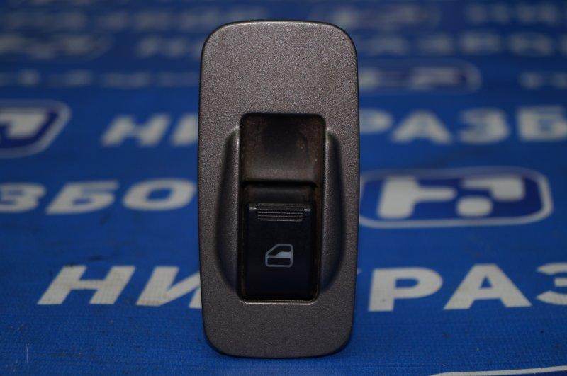 Кнопка стеклоподъемника Chery Tiggo T11 2.4 4G64S4M 2007 задняя левая (б/у)