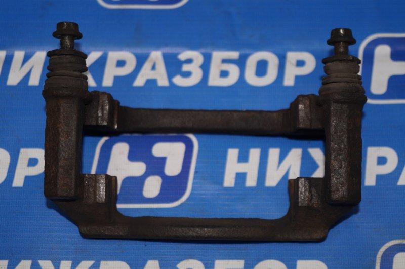 Скоба суппорта Chery Tiggo T11 2.4 4G64S4M 2007 передняя правая (б/у)