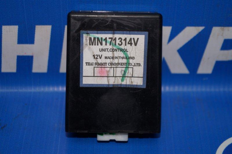 Блок электронный Mitsubishi Pajero Sport 2 KH 2.5 TDI 2012 (б/у)