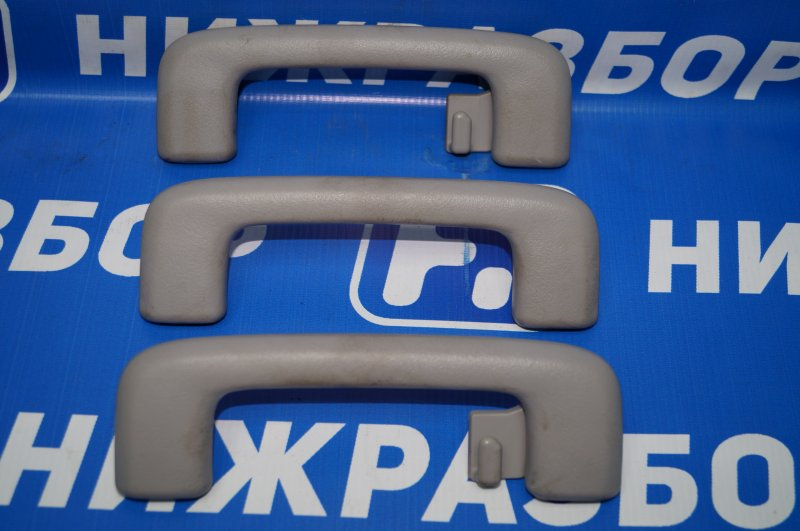 Ручка внутренняя потолочная Mitsubishi Pajero Sport 2 KH 2.5 TDI 2012 (б/у)