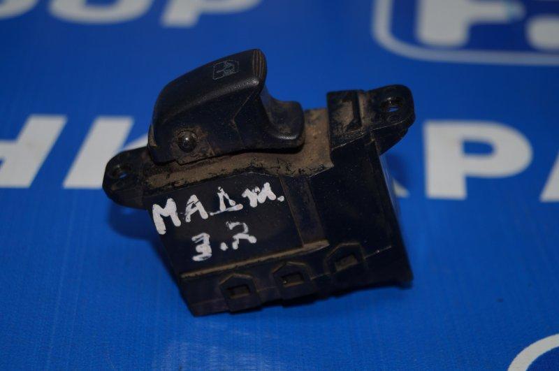 Кнопка стеклоподъемника Kia Magentis 1 2000 задняя правая (б/у)
