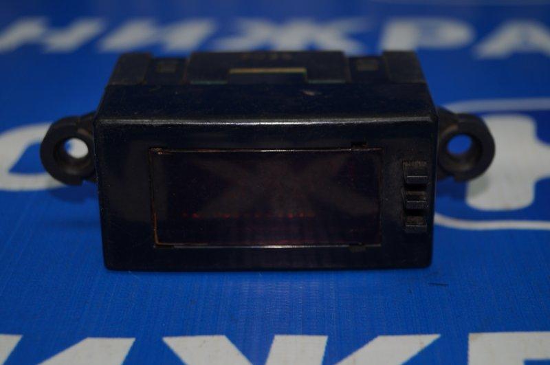 Часы Kia Sorento 1 2003 (б/у)