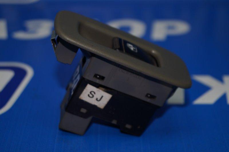 Кнопка стеклоподъемника Chevrolet Lacetti 2003 передняя правая (б/у)