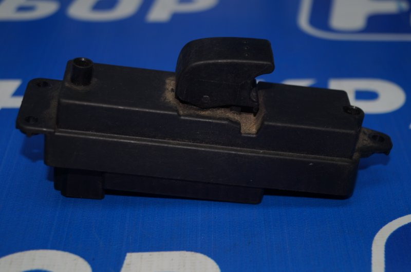 Кнопка стеклоподъемника Mazda 3 BK 2002 задняя левая (б/у)