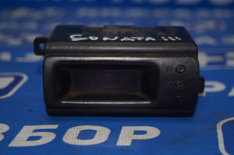 Часы Hyundai Sonata 3 Y3 1993 (б/у)