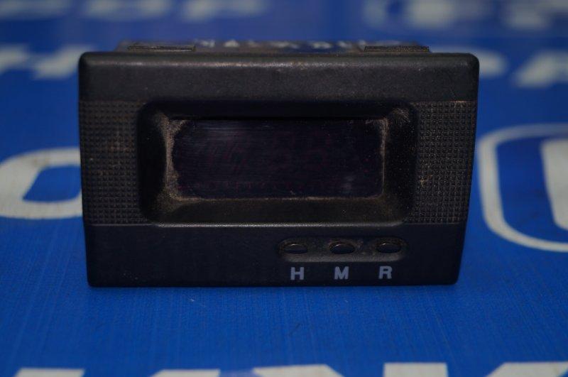 Часы Kia Spectra 2001 (б/у)