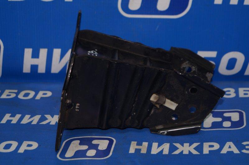 Кронштейн усилителя бампера Audi A3 8P 1.4 (CAX) 2008 передний левый (б/у)