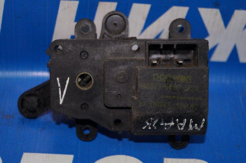 Моторчик заслонки печки Kia Magentis 1 2000 (б/у)