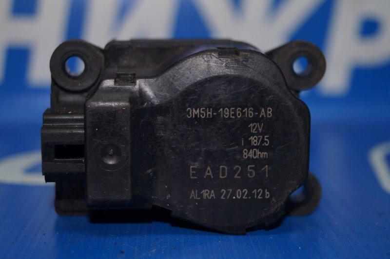 Моторчик заслонки печки Ford Focus 3 2011 (б/у)